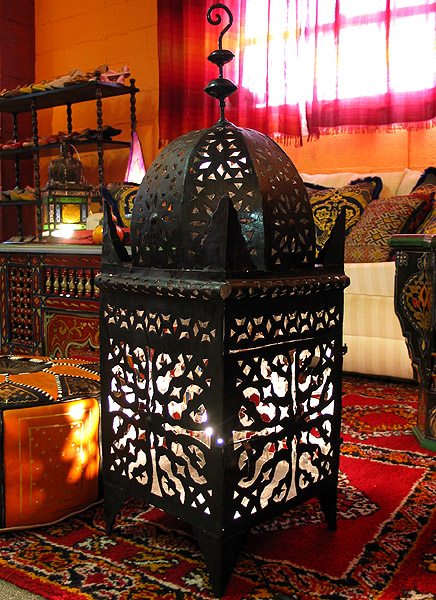 Moroccan Romance punched metal Lamp